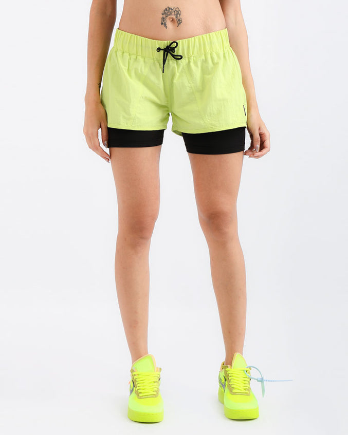 WOMENS TAPE LOGO SPORT SHORT-COLOR: GREEN