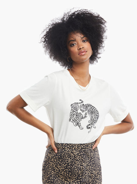 Gloria Graphic Tee FASHIONABLE