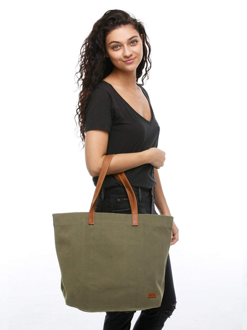 Lifestyle - Olive Canvas