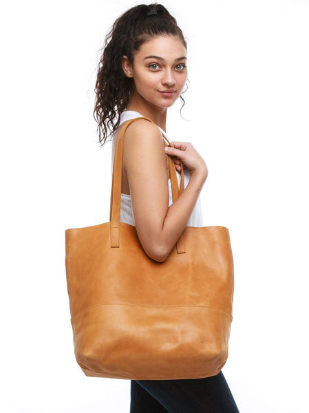 Mamuye Classic Tote Leather