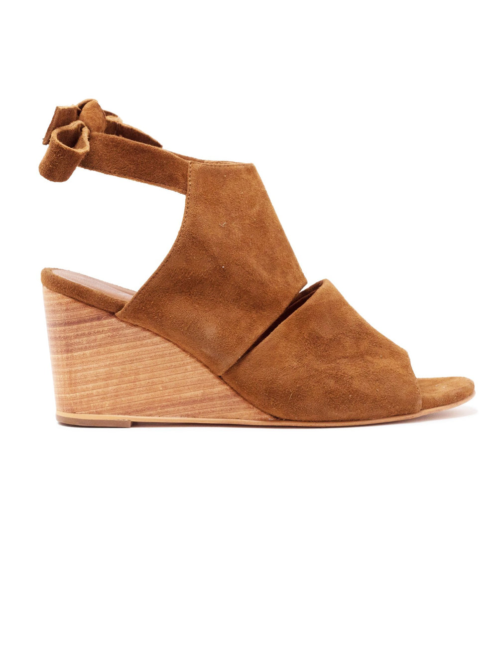 Estefani Wedge
