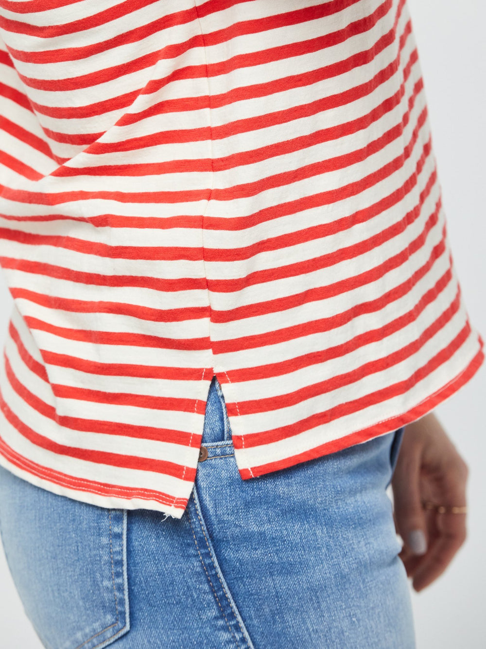Lifestyle - Ivory/Red Stripes