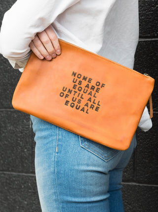 ABLE x ONE Martha Pouch FASHIONABLE Leather