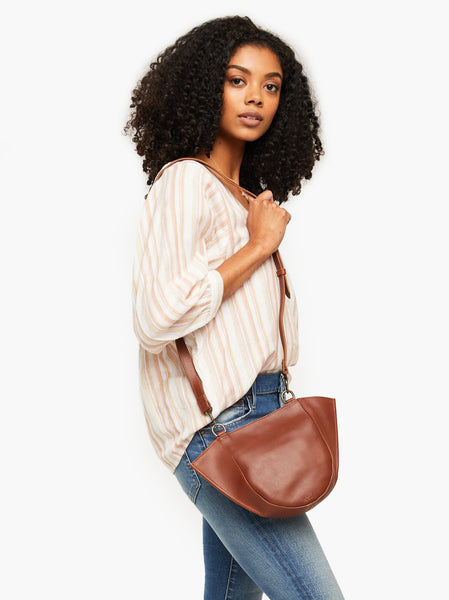 Cecilia Crossbody FASHIONABLE Leather