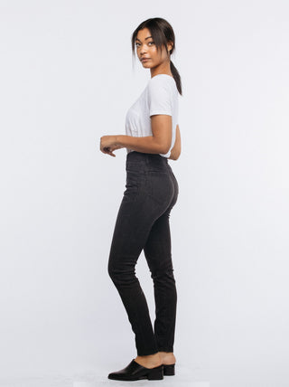The Elvira High Rise FASHIONABLE Denim