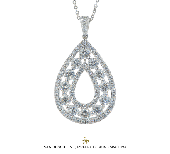 Diamond Cluster Pear-shaped Pendant