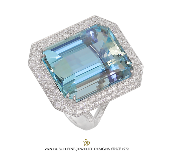 Exquisite Aquamarine and Diamond Ring
