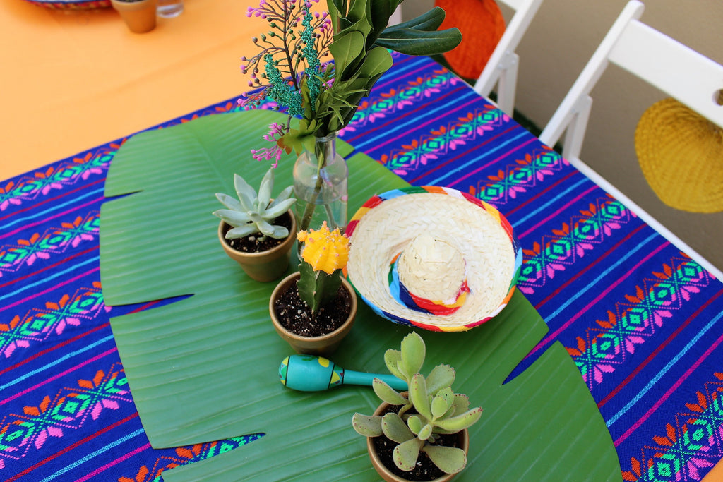 Palm table scape for fiesta wedding shower