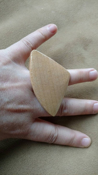 sale Wood ring// adjustable ring//wedge// triangle// big ring// gift for her// summertime fashion jewelry// natural // fashion jewelry
