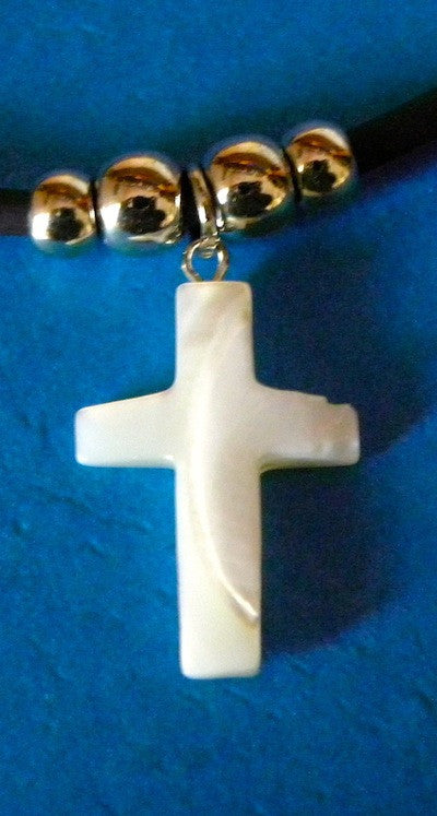 Mother of Pearl Neck Cross