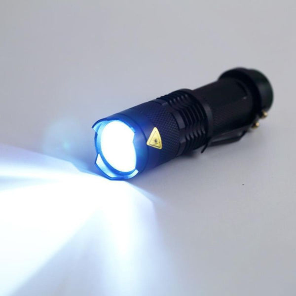 2000 Lumens CREE LED 3 Modes Zoomable Flashlight