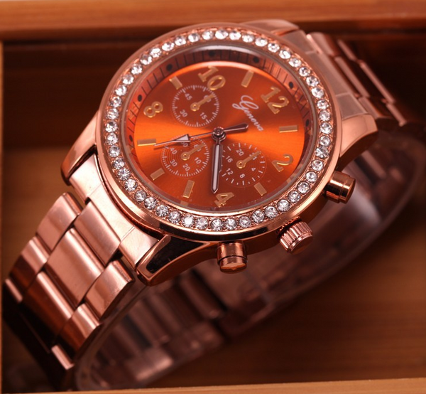 Women Geneva Quartz Rhinestone Crystal Watch
