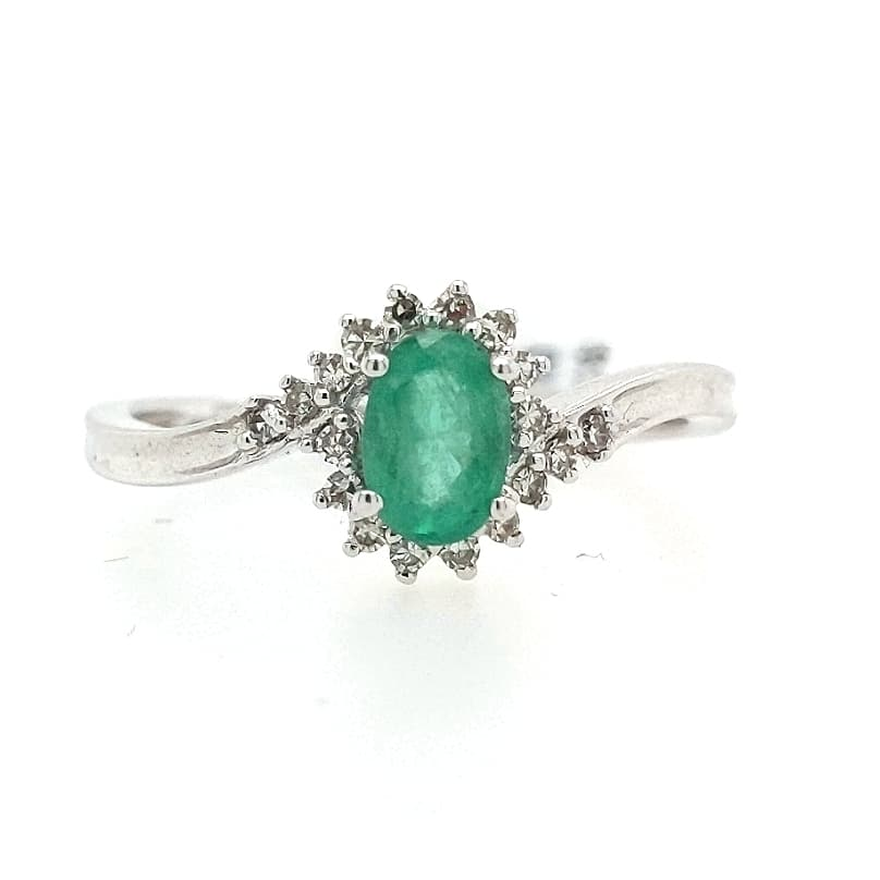 Sari - Sophisticated Oval Emerald Ring with Diamond Halo