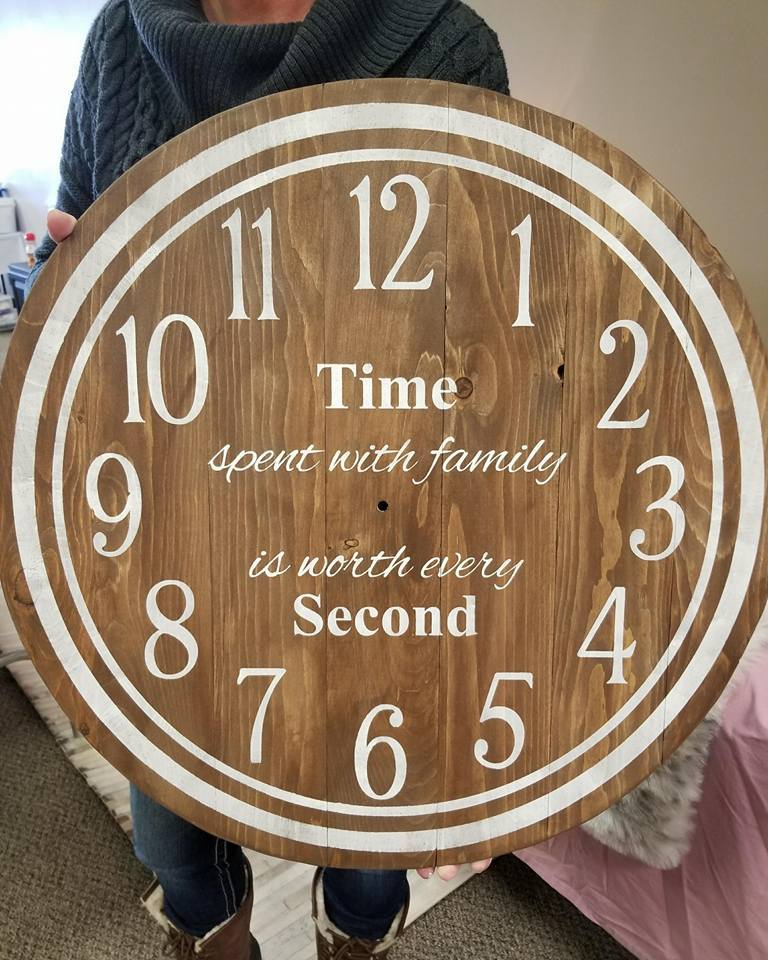 Clock - with Circle border insert time spent with family is worth every second  (E-4)