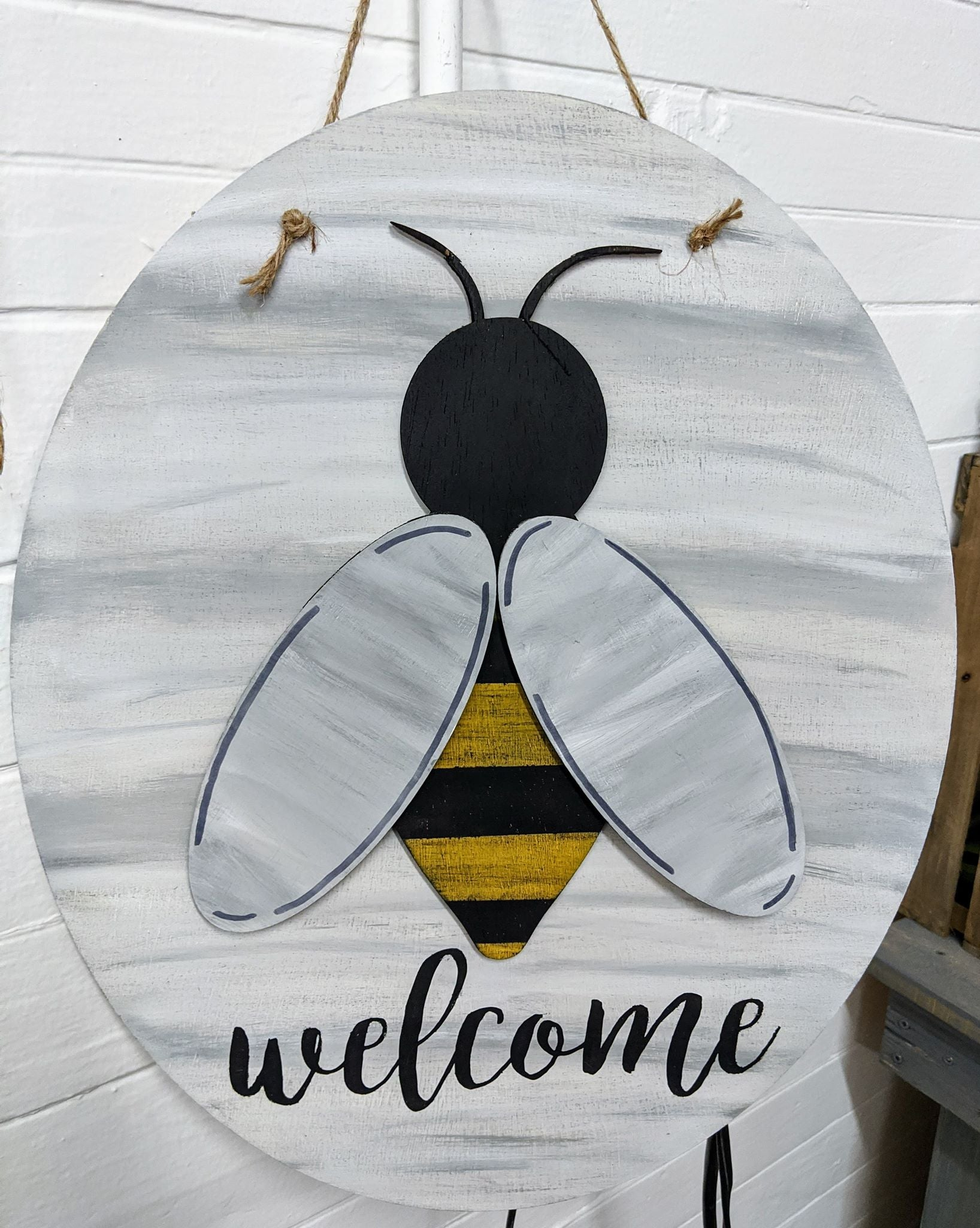 3D Door hanger Welcome with Bee