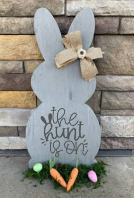 Spring Connection Easter Bunny - The hunt is on
