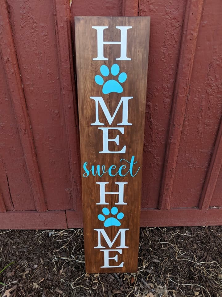 Home sweet home with paw prints in O's