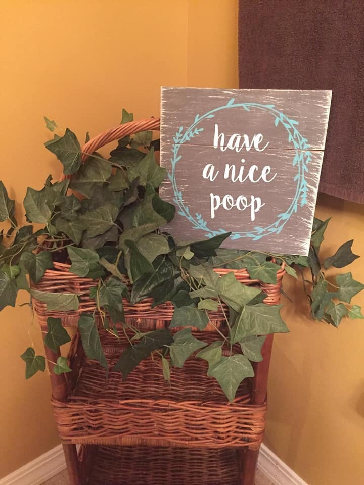 have a nice poop with wreath