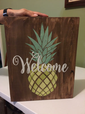 welcome with pineapple