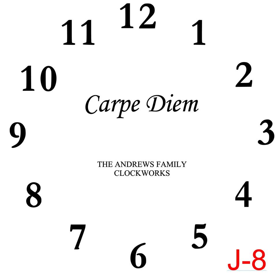 Clock - Numbers insert Carpe Diem with family name est date (J-8)