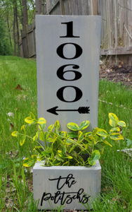 Planter Box- House number with arrow and family name