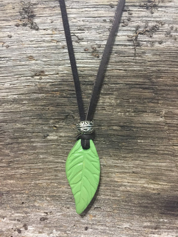 Handcrafted Diffuser Necklace - rå goods
