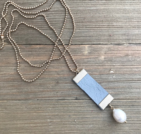 Handcrafted Diffuser Leather Pendant Necklace - rå goods