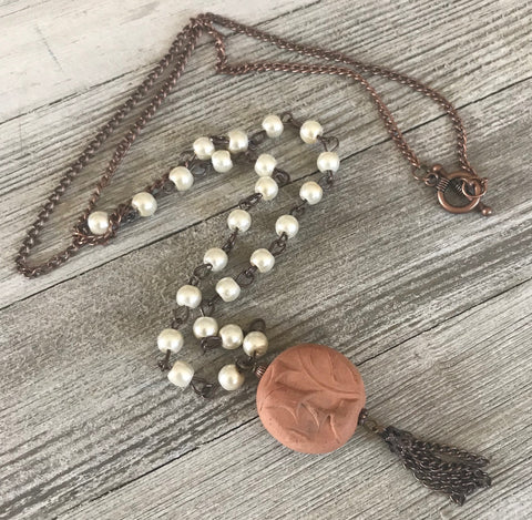 Handcrafted Diffuser Tassel Charm Necklace - rå goods