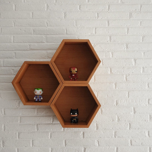 Beehive Shelf - UNDHAGI