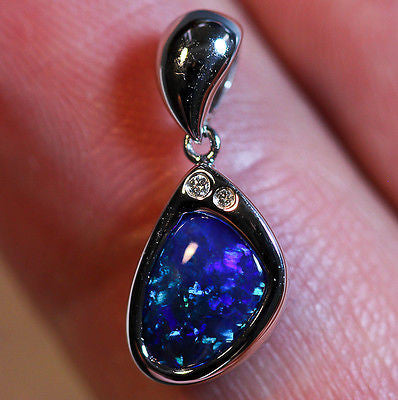 Solid Black Opal 18k Solid White Gold Pendant (MICK'S) - Black Opal Shop