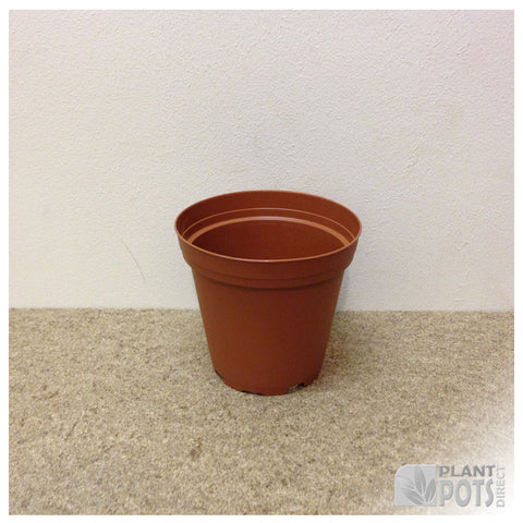 9cm Round plant pot (injection moulded)