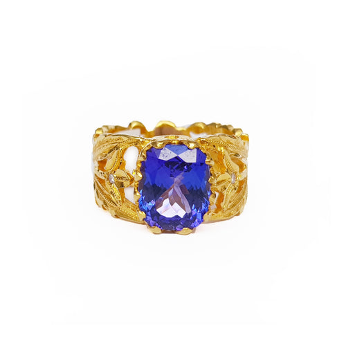 Tanzanite Gold Dress Ring