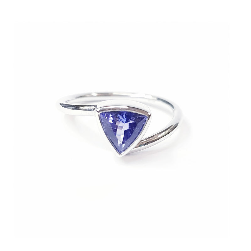 Tanzanite  White Gold Ring