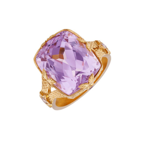 Kunzite 16.10 Carat 22kt Yellow Gold Dress Ring