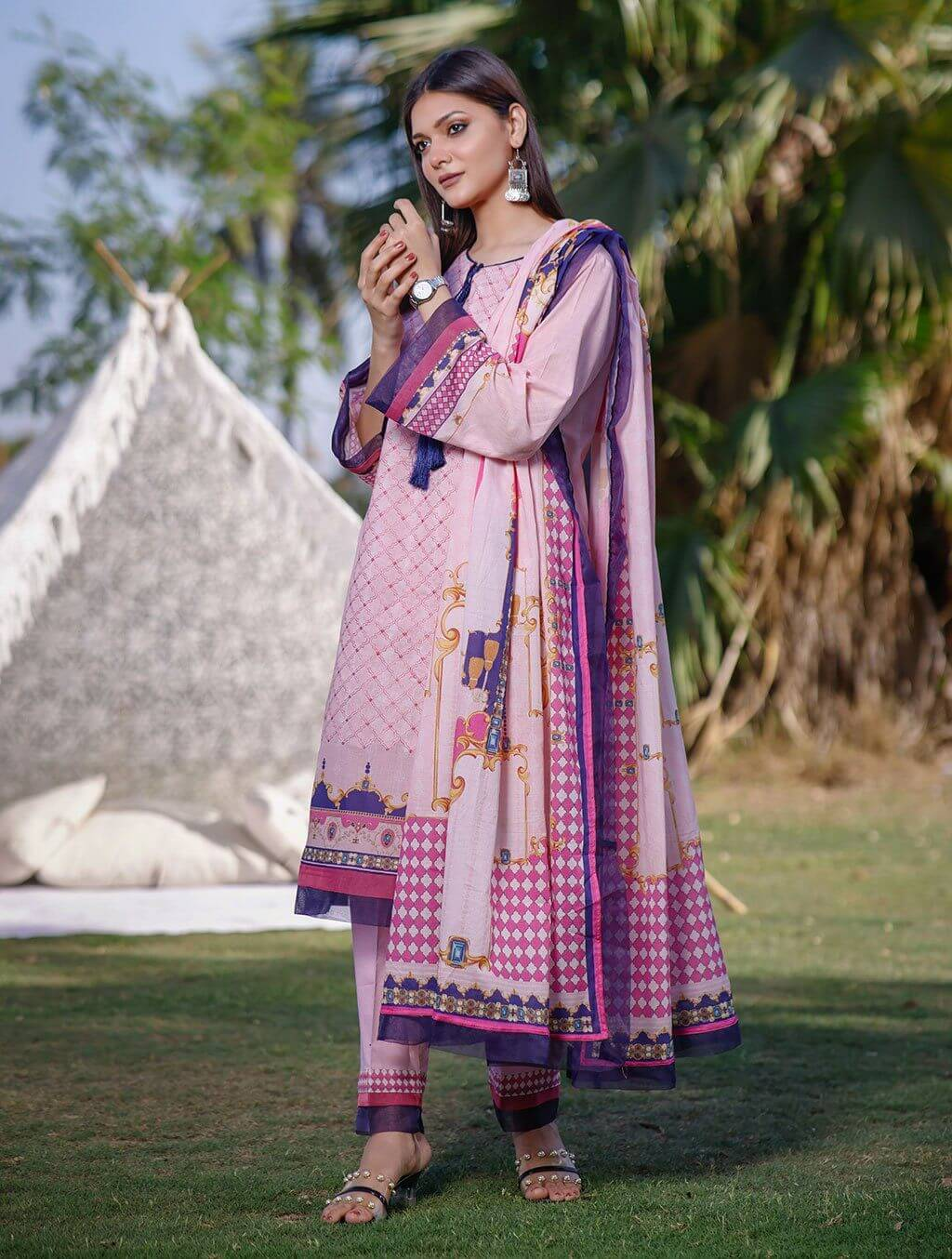 3 Piece Unstitched Printed Lawn Suit KL-1054 Khas Lawn 2021 - Volume 2 FASUNSLAD