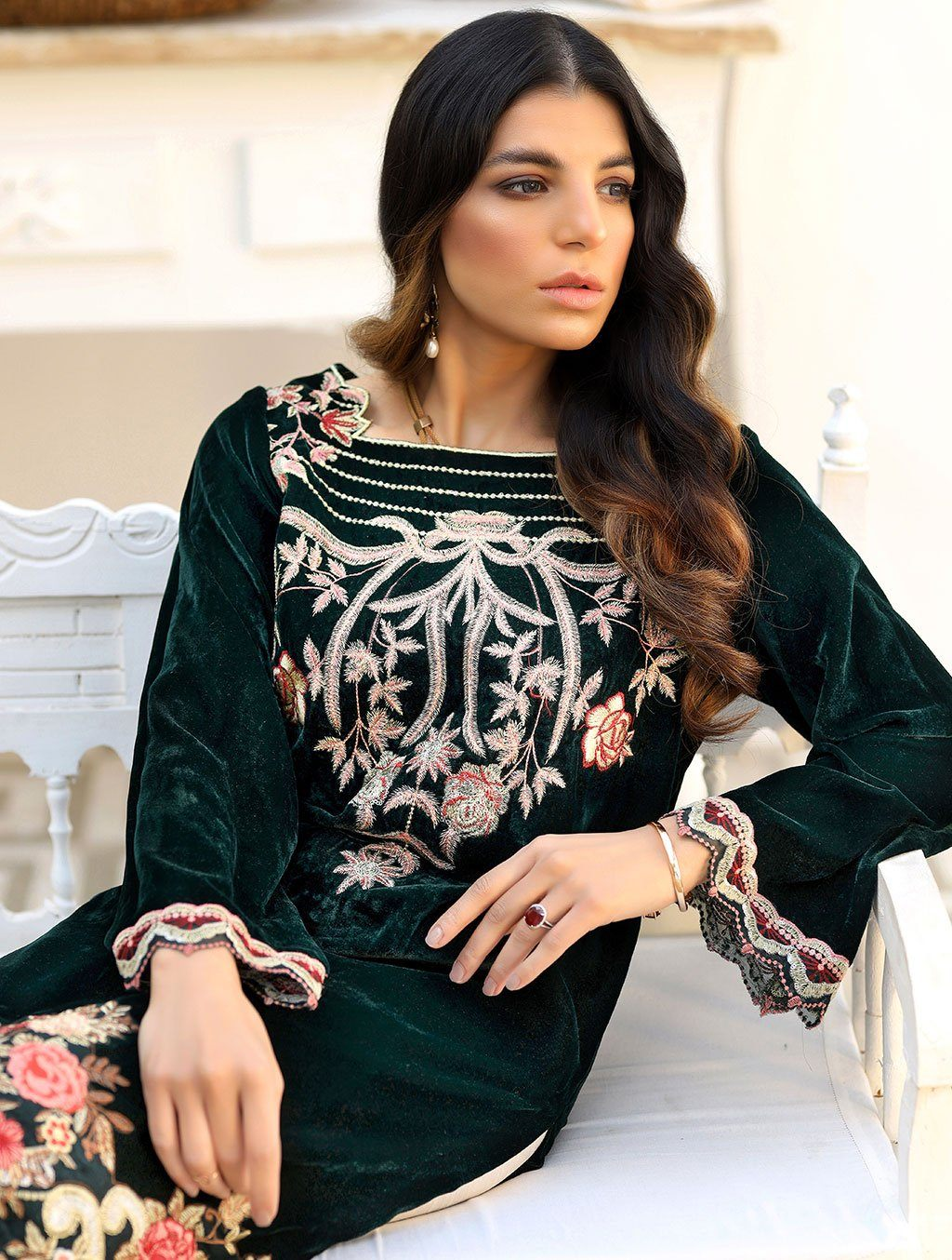 Luxury Embroidered Velvet Pret Kurti ER-149 Luxury Pret FASSTILAD L