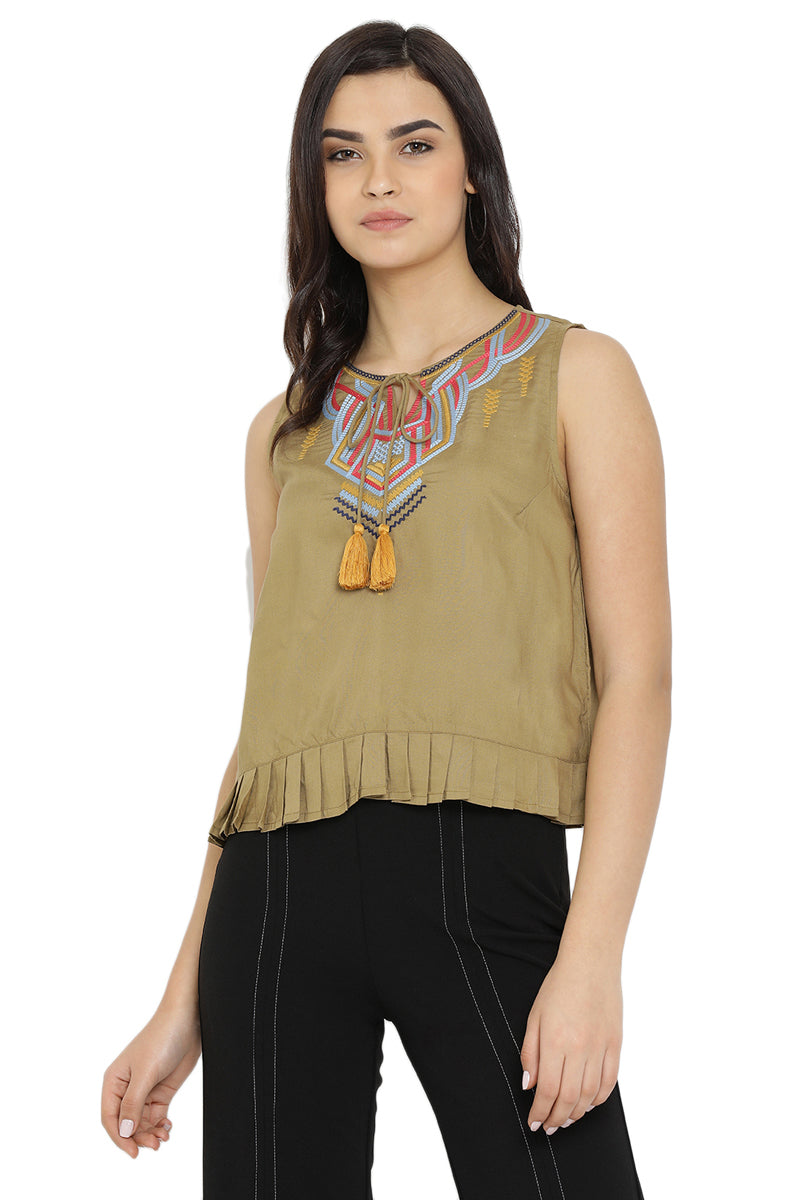 Tassel Embroidered Sleeveless Top