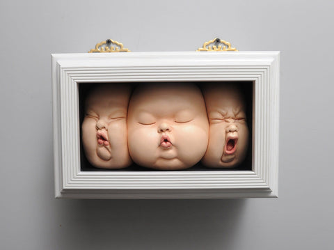 "Johnson Tsang - ""Harmony in the Box"" - porcelain and wooden frame - 25 x 19 x 12cm (9.8""x7.4""x4.7"")"