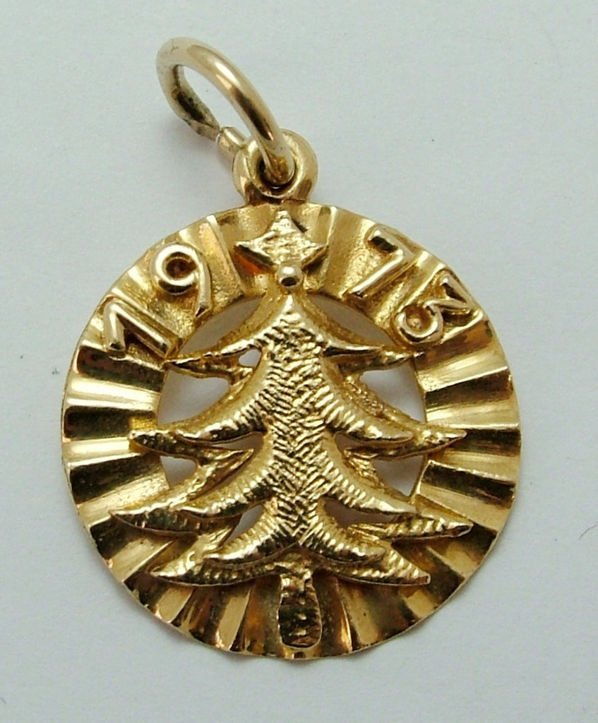 Vintage 1970's Solid 18ct 18k Gold 1973 Christmas Tree Disc Charm Gold Charm - Sandy's Vintage Charms