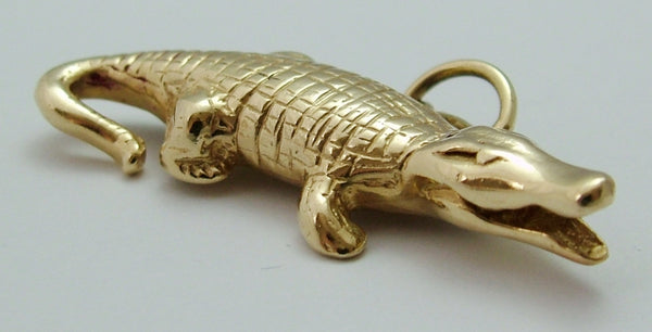 Large Vintage 1980's 9ct Gold Crocodile/Alligator Charm or Pendant Gold Charm - Sandy's Vintage Charms