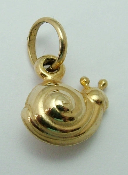 Small Vintage 1980's 9ct Gold Puffed Snail Charm Gold Charm - Sandy's Vintage Charms