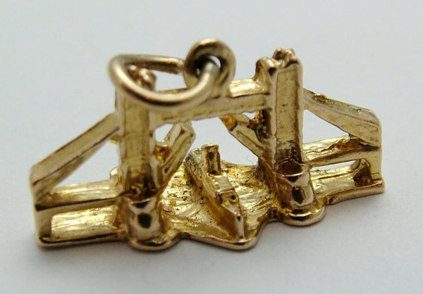 Vintage 1960's Solid 9ct Gold Tower Bridge Charm Gold Charm - Sandy's Vintage Charms