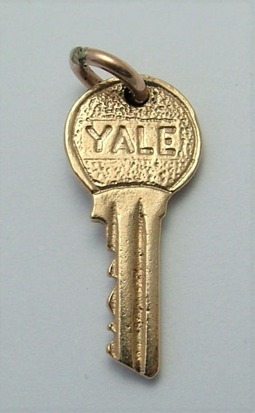 Vintage 1960's Solid 9ct Gold Yale Front Door Key Charm