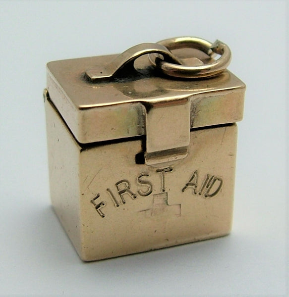 Vintage 1950's 9ct Gold Opening First Aid Box Charm