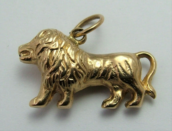 Vintage 1960's 9ct Gold Puffed Lion Charm