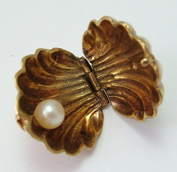 Large 1960's 9ct Gold Opening Shell Charm Real Pearl Inside Gold Charm - Sandy's Vintage Charms