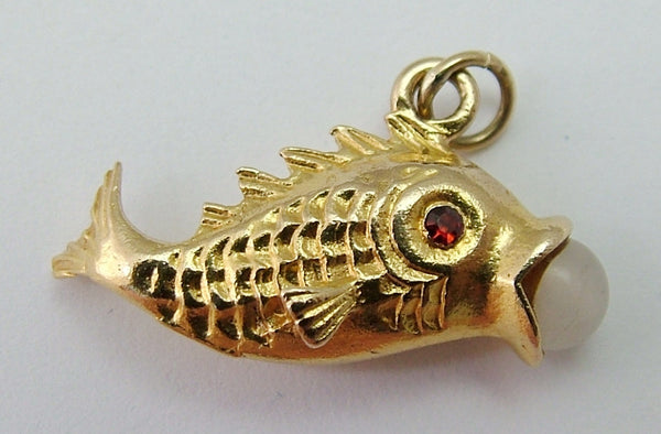 Vintage 1960's 9ct Gold Fish Charm with Red Eyes and Glass Bead Gold Charm - Sandy's Vintage Charms