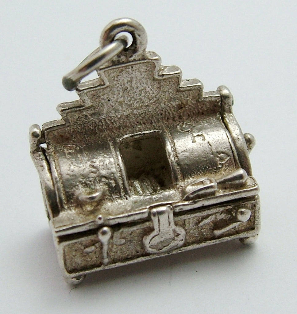 "Vintage 1970's Silver Opening Fish & Chip Shop ""Frying Tonight"" Charm Silver Charm - Sandy's Vintage Charms"