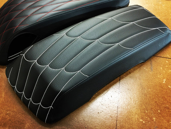 Black Widow - HD Saddlebag Lid Covers