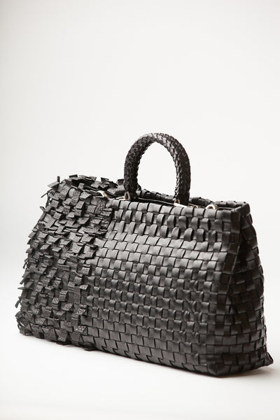 Eva – black woven and pleated leather handbag - Appassionata Boutique